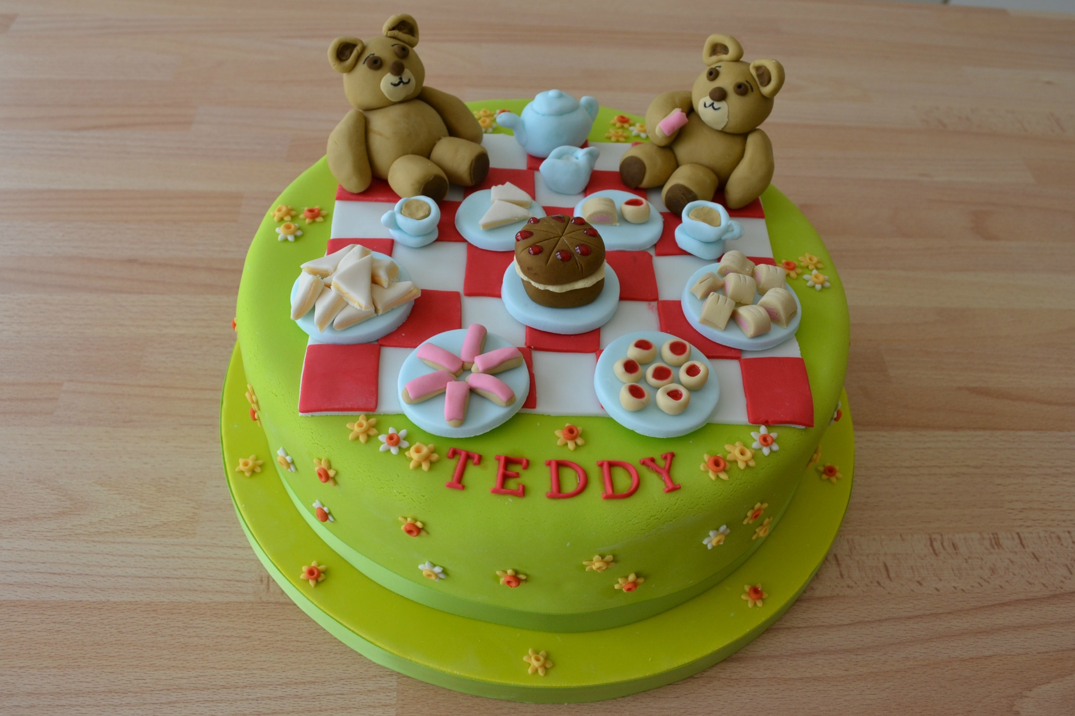Teddy Bear's Picnic Cake The Great British Bake Off - Bear Decorations For Home