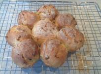 Gorgonzola and Peach Bread Rolls