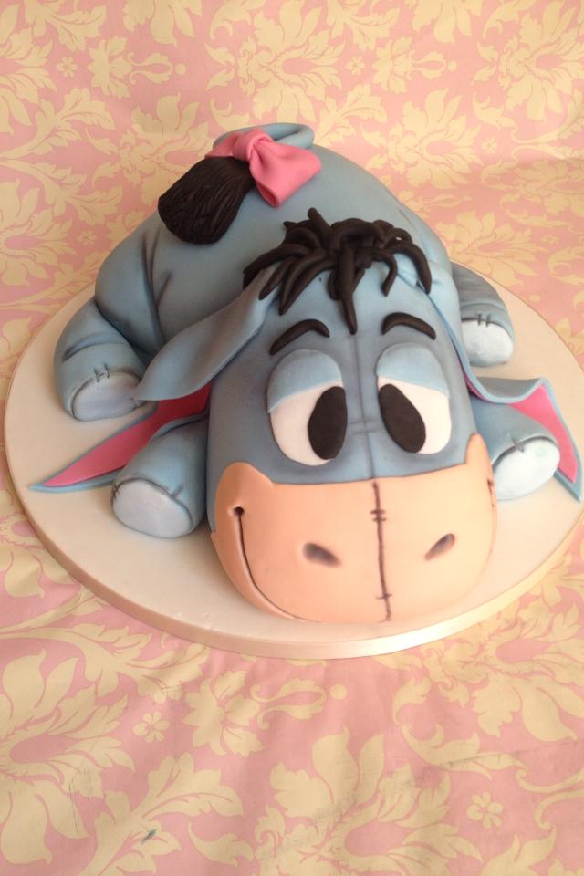 Make Eeyore Birthday Cake