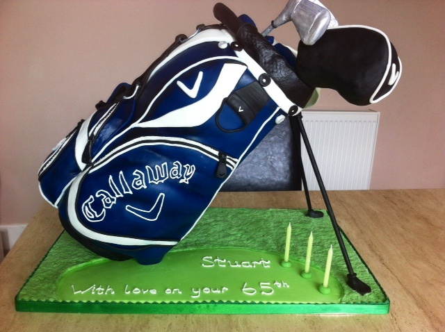 3D standing golf bag cake The Great British Bake Off