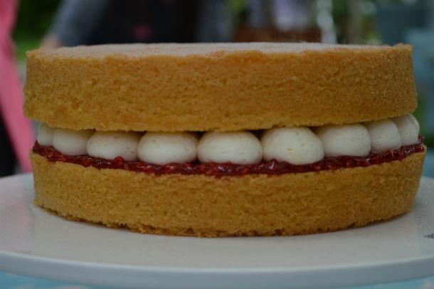 Victorian Cake Recipes Uk: Mary's Victoria Sponge – Technical Challenge