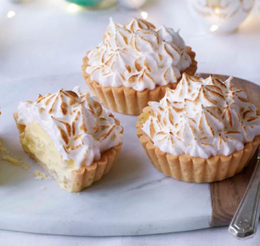 Rob's Apple and Cinnamon Baked Alaska Tarts