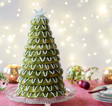 Paul Hollywood's Christmas Kransekake
