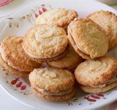 Steven's Amarspressi Biscuits