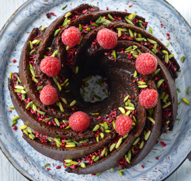 Steph's Raspberry & Chocolate Fudge Cake