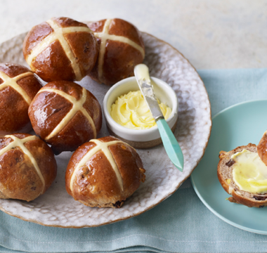 Steph's Zest & Spice Hot Cross Buns