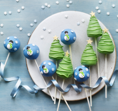 Yan's Christmas Memories Cake Pops