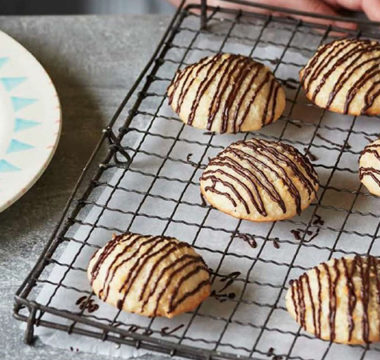 Prue Leith's Coconut Macaroons