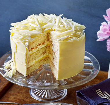 Hermine's Lemon & White Chocolate Cake