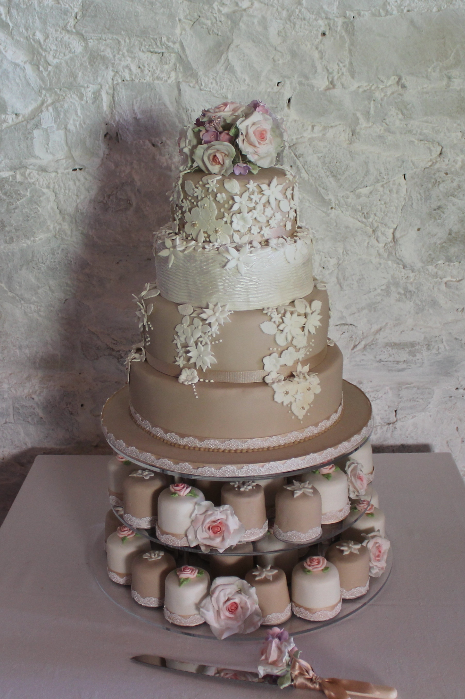 great british wedding cake s wedding cake the great bake 14920
