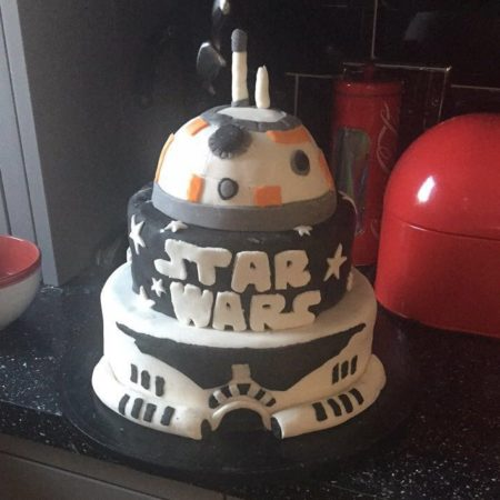 Peachy Star Wars Birthday Cake The Great British Bake Off Funny Birthday Cards Online Fluifree Goldxyz