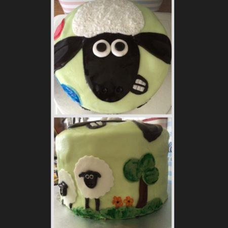 Terrific Shaun The Sheep Birthday Cake The Great British Bake Off Funny Birthday Cards Online Benoljebrpdamsfinfo
